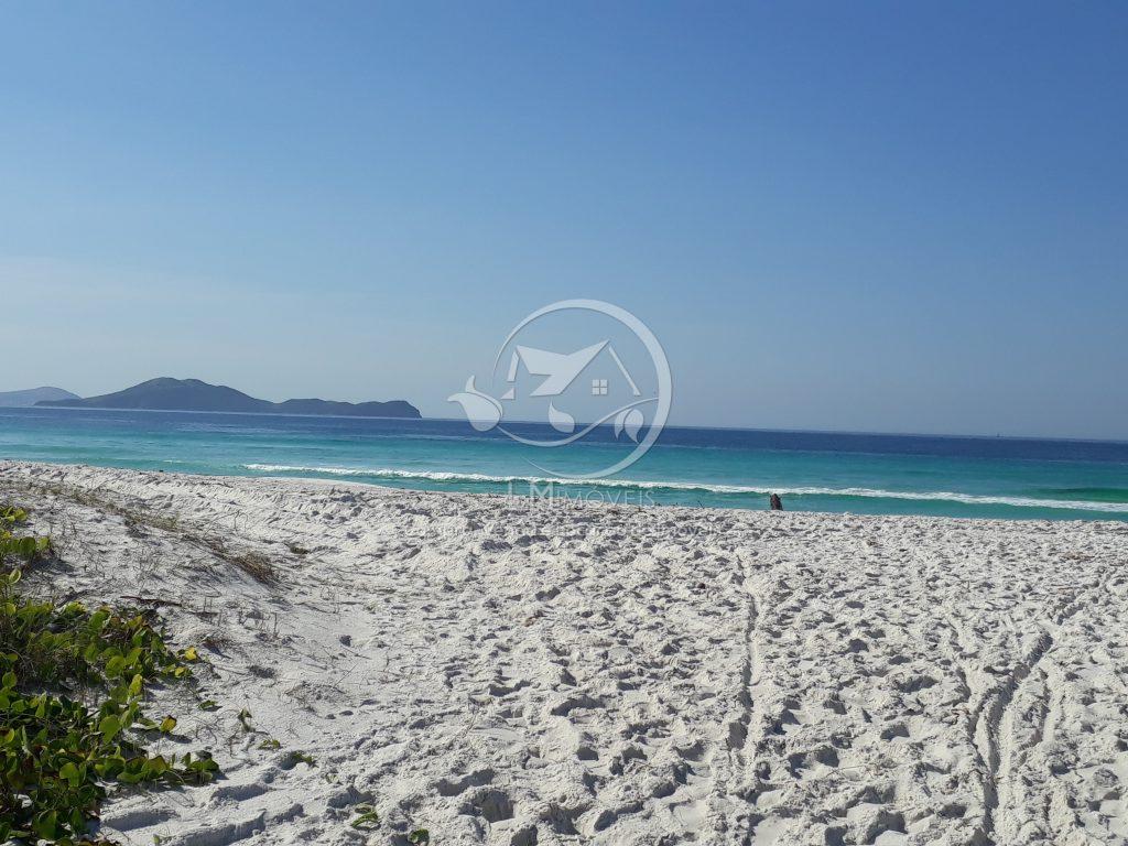 Apartamento de frente para a Praia do Foguete- Cabo Frio