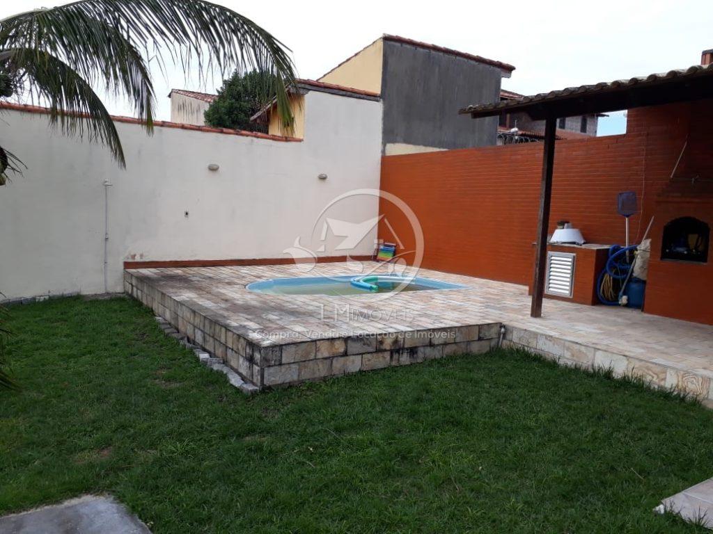 Casa Linear com Piscina- Rua Pública- Cabo Frio, RJ