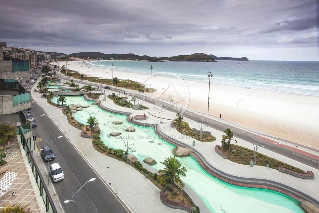 Linda Cobertura Duplex Vista Mar De Frente Para Praia Do Forte Em Cabo Frio!