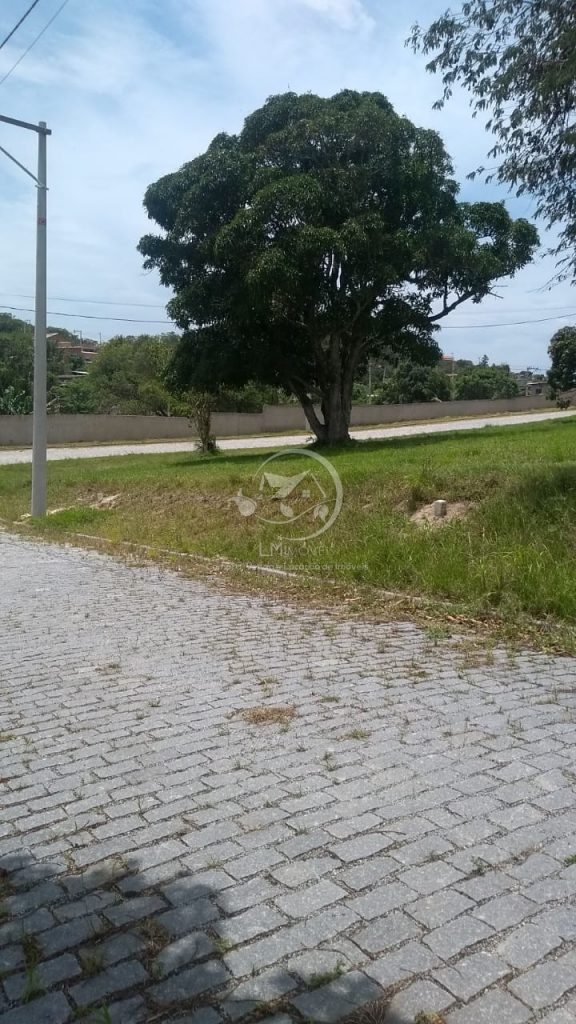 Terreno- Condomínio Solar dos Cantarinos II- São Pedro da Aldeia