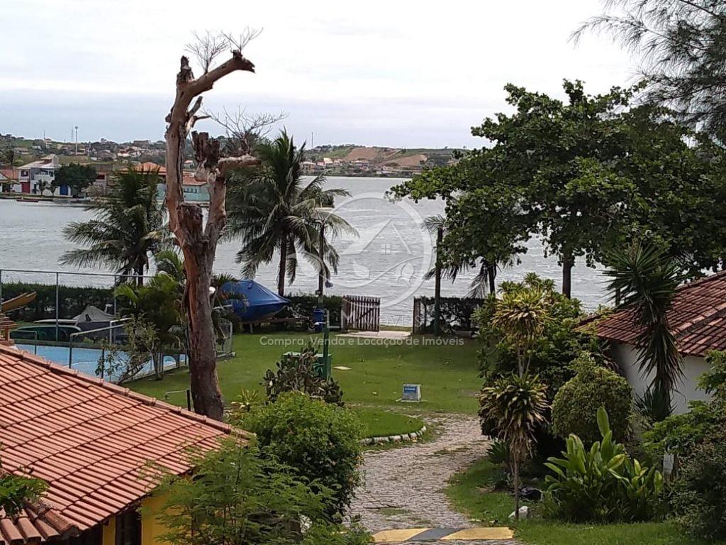 Casa com Vista para a Lagoa- Condomínio Cabana Clube