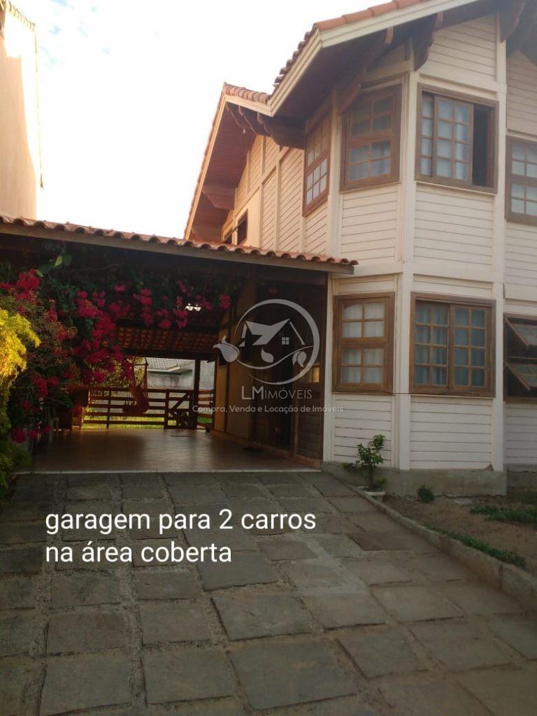 Casa Duplex Colonial- Condomínio dos Pássaros