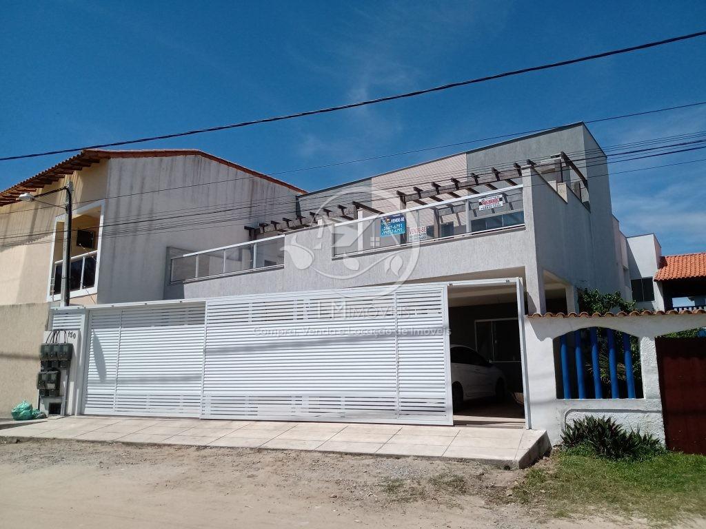 Casas em frente à Praia do Peró