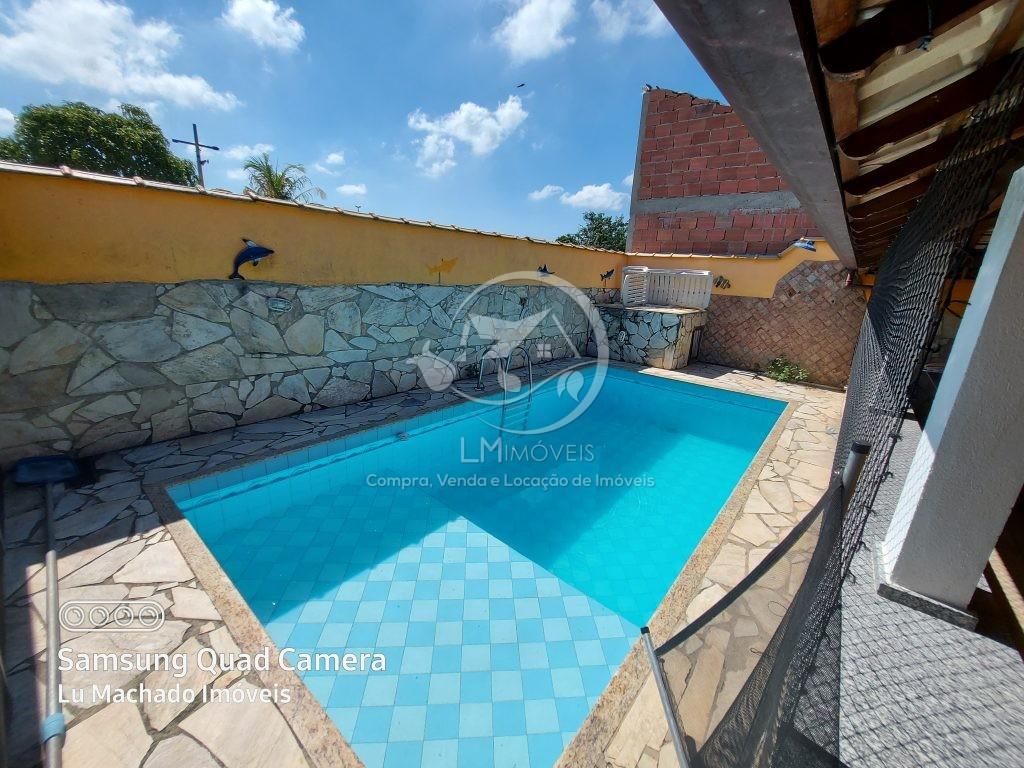 Casa Linear com piscina- Condomínio dos Pássaros